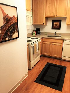 Furnished 2-Bedroom Apartment at 101 Central Expy Mountain View