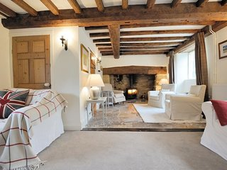 Spacious living room, with log burner and plenty of seating