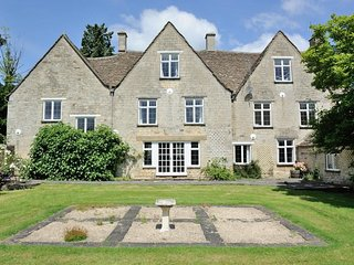 The Gables is a substantial 17th century Grade II listed house situated in Uley