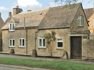 Weir Cottage, Bourton-on-the-Water