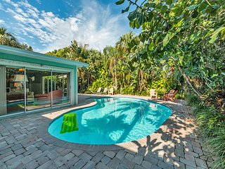 Tropical Breeze - Monthly Beach Rental, Clearwater