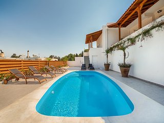 Despina's Terrace-Private Pool,Sauna-Jacuzzi room