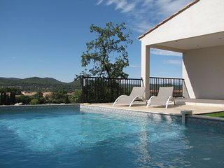 VILLA AVEC PISCINE PRIVATIVE, Brignoles