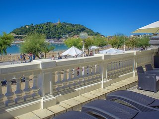 Luxury Belle Epoque apartments on the seafront, Donostia-San Sebastián