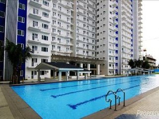 Fully furnished condo in (Q.C) Grass residences, Quezon City