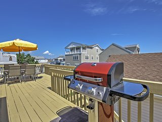 2BR Brigantine Condo Just Steps from Beaches!