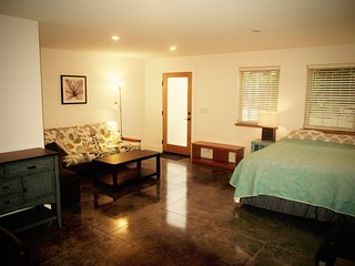 Cozy, Newly Built Studio On The North Shore Of Maui, 10 Mins To Beach. Permitted