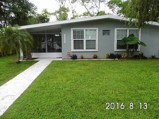 Florida Cottage 3BR 2BA  Near Many Gulf Beaches