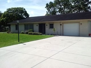 3 Bedroom, 2 bath home with RV Hookup, Bonita Springs