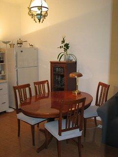 A(4): dining room
