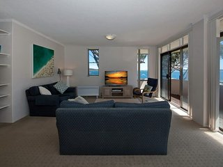 Columbia, Unit 3, 12 Columbia Close, Nelson Bay