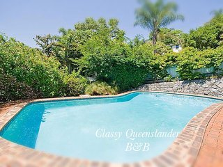 Classy Queenslander B&B close to the CBD