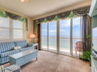 3 Bedroom Condo with Unforgettable View of the Gulf