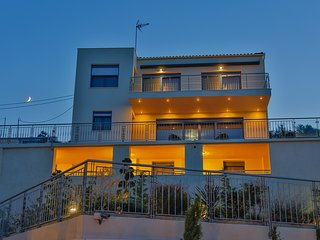 Aries Villas - Villa LEO