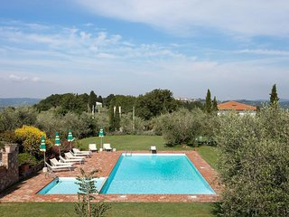 3 bedroom Apartment in Pomaia, Tuscany, Italy : ref 5505808