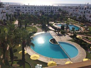 Manifique duplex à Marina Beach vue sur mer M'diaq