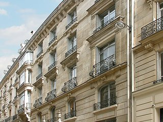 1 bedroom Apartment in Paris 8, Ile de France, France : ref 2097238