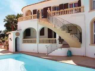 7 bedroom Villa in Calpe, Valencia Region, Costa Blanca, Spain : ref 2036565