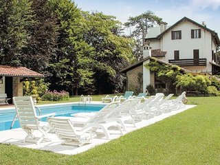 5 bedroom Villa in Torreglia, Veneto, Veneto Countryside, Italy : ref 2039304