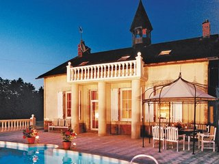 7 bedroom Villa in Val De Loire, Centre loire Valley, Indre, France : ref
