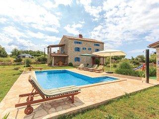 4 bedroom Villa in Barbariga, Istria, Croatia : ref 2042930