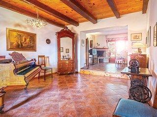 6 bedroom Villa in Pula, Istria, Croatia : ref 2043230, Liznjan
