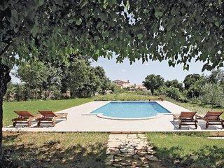 5 bedroom Villa in Svetvincenat, Istria, Croatia : ref 2046488, Kranjcici