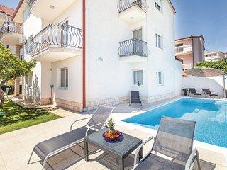 5 bedroom Apartment in Split Stobrec, Central Dalmatia, Split, Croatia : ref 2046525