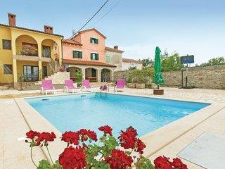 8 bedroom Villa in Vodnjan Golubovo, Istria, Vodnjan, Croatia : ref 2046696, Barbariga