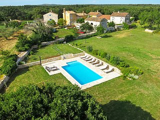 4 bedroom Villa in Barbariga, Istria, Croatia : ref 2084698