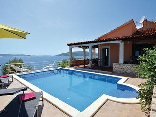 6 bedroom Villa in Ciovo, Central Dalmatia, Croatia : ref 2088408, Okrug Donji