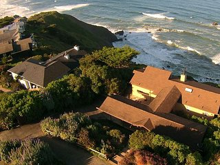 Gorgeous 3br Ocean View Home w/ Spa - The Barlow