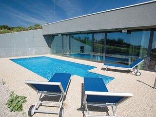 2 bedroom Villa in Krk, Kvarner, Croatia : ref 2095482, Baska