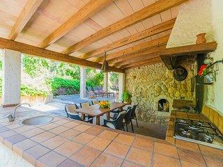 4 bedroom Villa in Buger, Mallorca : ref 2134982