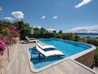 4 bedroom Villa in Trogir-Kastel Kambelovac, Trogir, Croatia : ref 2183784