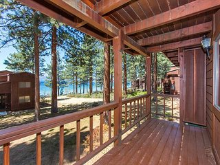 Pinewild- 3 bedroom condo with lakeview, Zephyr Cove