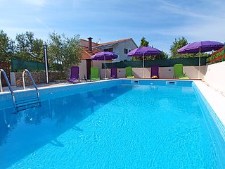 5 bedroom Villa in Rogoznica Razanj, Central Dalmatia, Croatia : ref 2214047