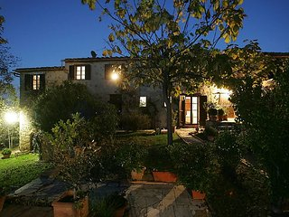 5 bedroom Villa in Montefalconi, Tuscany, Italy : ref 5055377