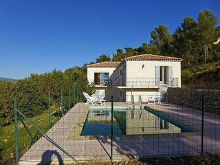 3 bedroom Villa in Saint-Côme, Provence-Alpes-Côte d'Azur, France : ref 5059145