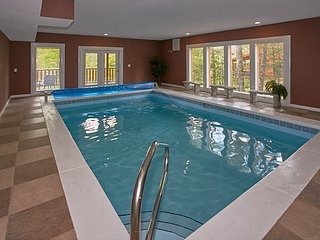 Ultimate Family Vacation Cabin - Indoor Pool, Theater, Game Room, Cosby