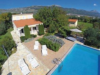 4 bedroom Villa in Trogir-Kastel Novi, Trogir, Croatia : ref 2219204, Kastel Stafilic