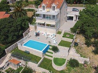 7 bedroom Villa in Dubrovnik-Brsecine, Dubrovnik Riviera, Croatia : ref 2219813, Trsteno