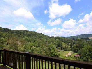 Mountain Splendor, Boone