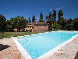 4 bedroom Villa in Ponsacco, Lucca Pisa, Italy : ref 2235066