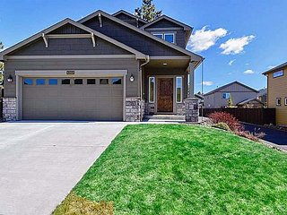 The ultimate Bend home just a few minutes from the Old Mill, Oretech