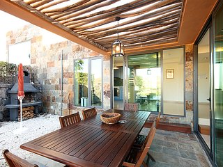 2 bedroom Villa in Maspalomas, Gran Canaria, Canary Islands : ref 2252990, Patalavaca