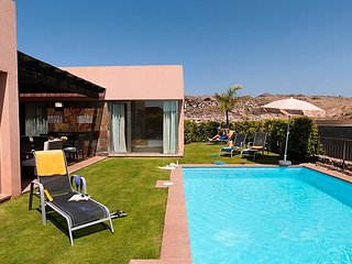 2 bedroom Villa in Maspalomas, Gran Canaria, Canary Islands : ref 2252995