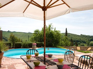 3 bedroom Villa in San Giovanni d'Asso, Tuscany, Italy : ref 5455309