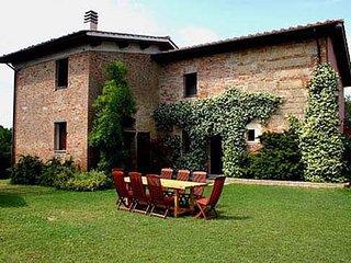3 bedroom Villa in Montopoli, Pisa, Italy : ref 2259041, Montopoli in Val d'Arno