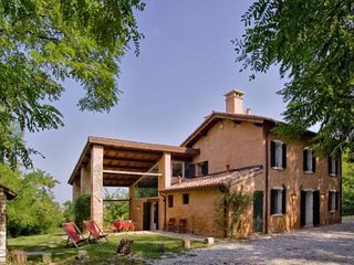 4 bedroom Villa in Rovolon, Veneto, Italy : ref 5455369